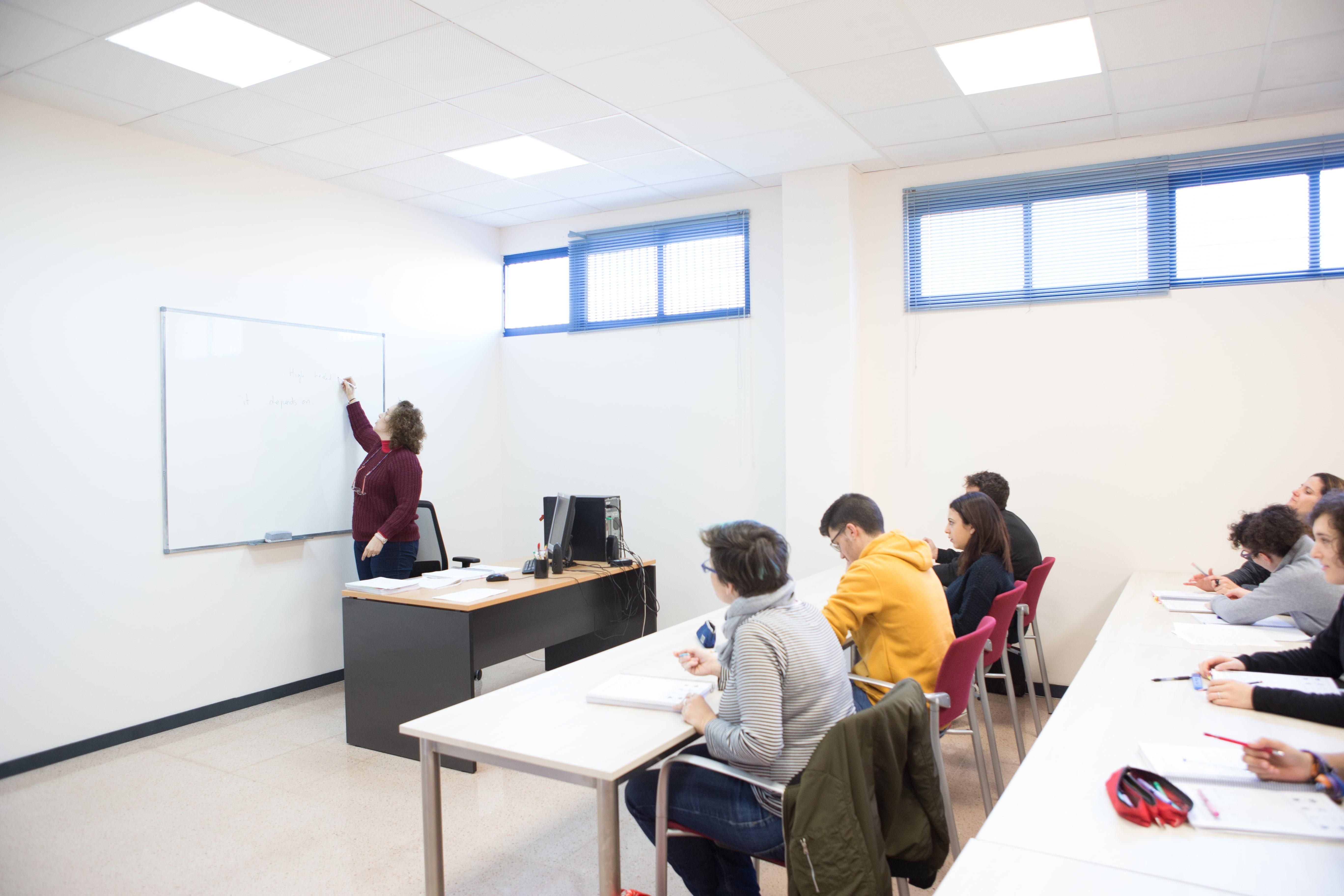 PRUEBAS LIBRES PARA LA OBTENCIÓN DEL TÍTULO DE GRADUADO EN EDUCACIÓN SECUNDARIA PARA MAYORES DE 18 AÑOS...