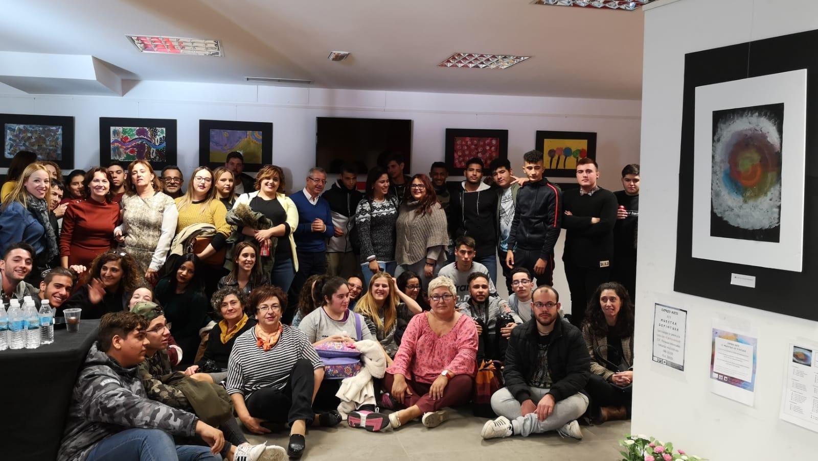 PACHECO INAUGURA EXPRES-ARTE, UNA MUESTRA DE PINTURA QUE CONECTA A LOS ALUMNOS DE CUALIFICACIÓN PROFESIONAL CON EL ARTE